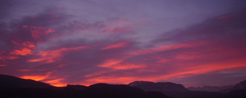 Tramonto rosso – momenti romantici della natura