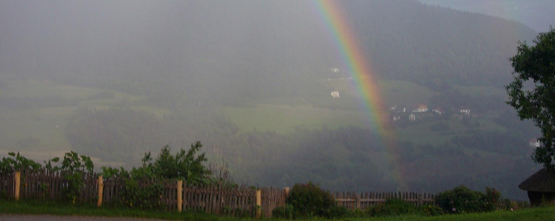 Regenbogen im Eisacktal am Winkler Hof