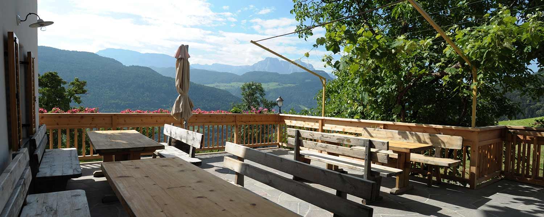 Terrasse am Winkler Hof - Dolomitenpanorama am Bauernhof