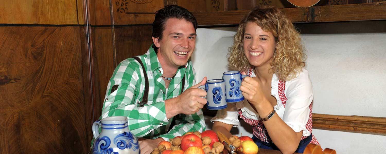 Le brocche in terracotta traditionali hanno un vantaggio – non si vede quanto si beve